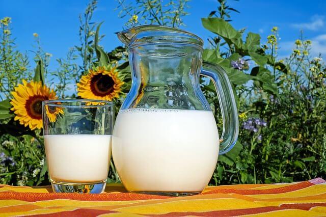 ミルク 牛乳
